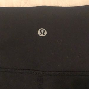 Pants - Lululemon wonder under 7/8 leggings